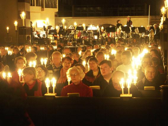 Adventsmusik bei Kerzenschein 28. November 2004